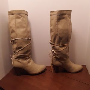 Vintage Frye Boots With Laces